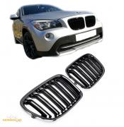 Решетки радиатора (ноздри) BMW X1 E84 горбатые M стиль черные глянцевые GCP-088401